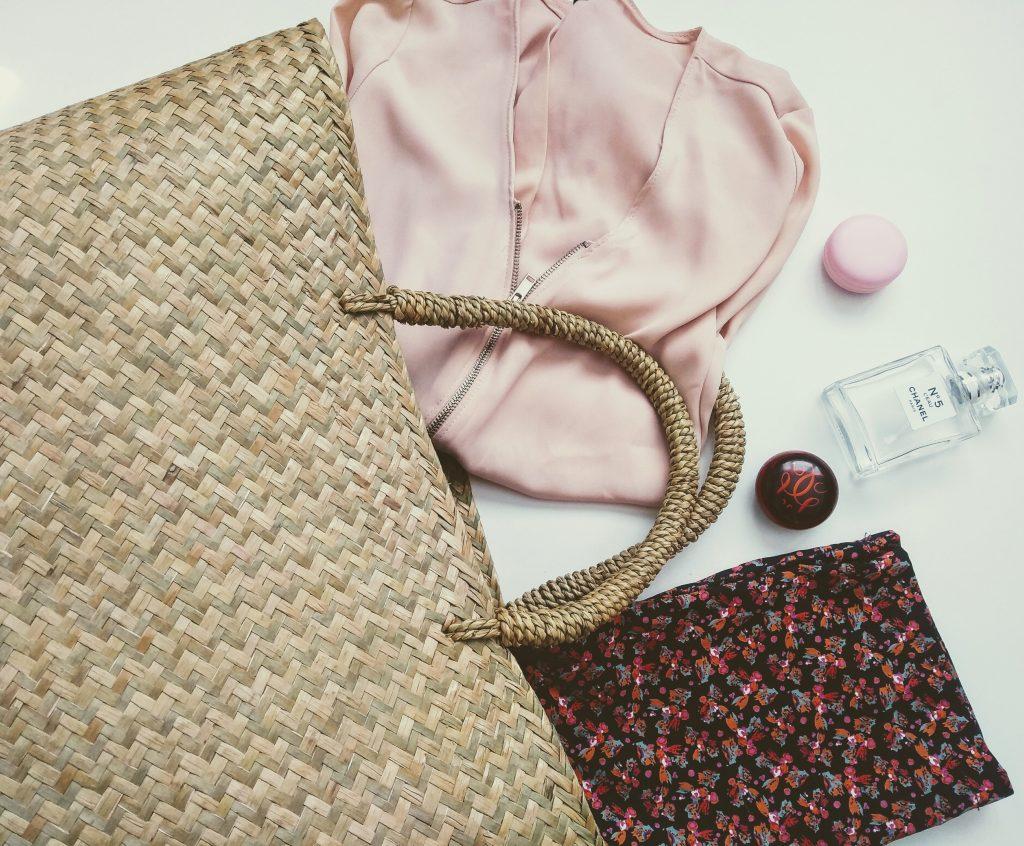 máj, outfit dňa,slamená taška